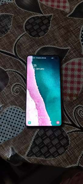 Samsung S10 only 5 month old with 128 GB storage