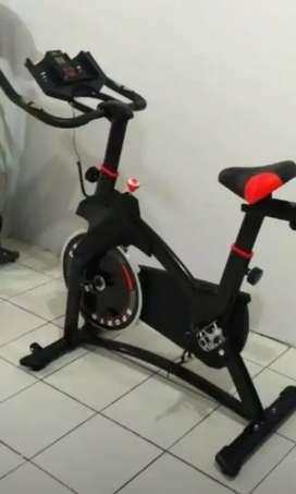 Sepeda statis cardiofitt 50 kebomascare