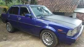 Mobil Totoya Corolla DX tahun 1983