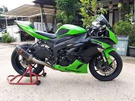 Kawasaki Zx6R  Zx 600 nik 2012 Like New