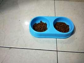 Tempat makan kucing/anjing