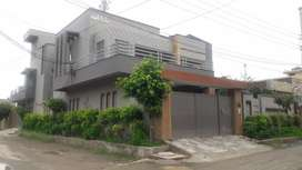 5 bed house first floor independet gate twi car parking