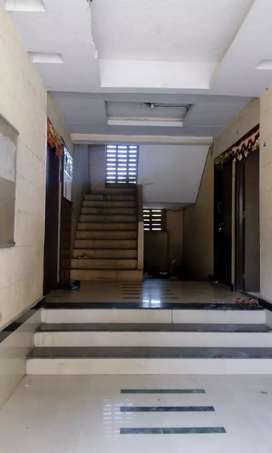 Flat on Rent Rs 4000