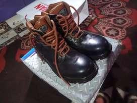 Sepatu Safety finnoti GR 913 original