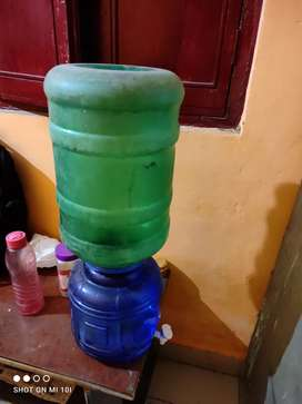 Water tap jar with 20 ltr water bottle