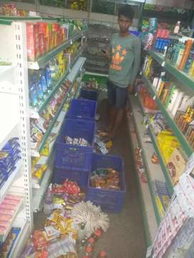 Well furnished super market for sale