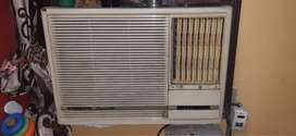 O general 1.5 ton AC in good running condition in 10900