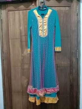 Dress pesta india
