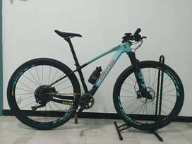 United Oxyde One 29er Size S