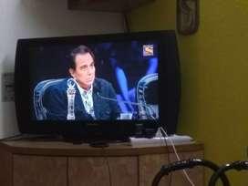 Panasonic TV Viera 32 inch LCD TV