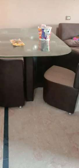 6 chair leather dining tabel