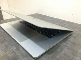 MacBook Pro Touchbar i7, 16,500