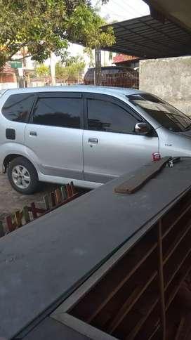 Daihatsu xenia 1,3 thn 2011