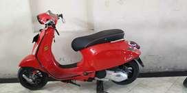 Vespa Sprint 2014 merah glossy jual Vespa Sanur