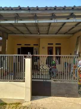 Rumah kampung cipayung depok