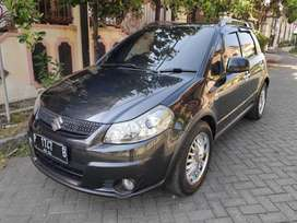 X Over 1.5 Matic 2012