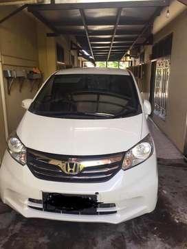 Honda Freed 2014 tipe SD
