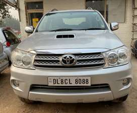 Toyota Fortuner 3.0 4x2 Manual, 2010