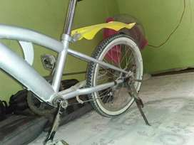 Bicycles for sale for upto 10 years child