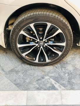 """17"""" alloy Rims and tyres along with spare wheel"""