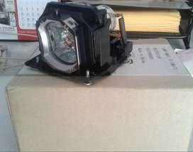 Lampu LCD Projector HITACHI CP-X3021
