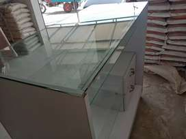 Mobile or dress shop counter