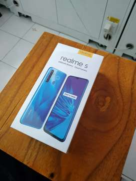 Realme 5 warna dark purple
