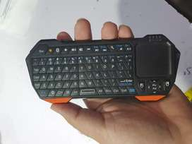 Bluetooth keyboard and touchpad