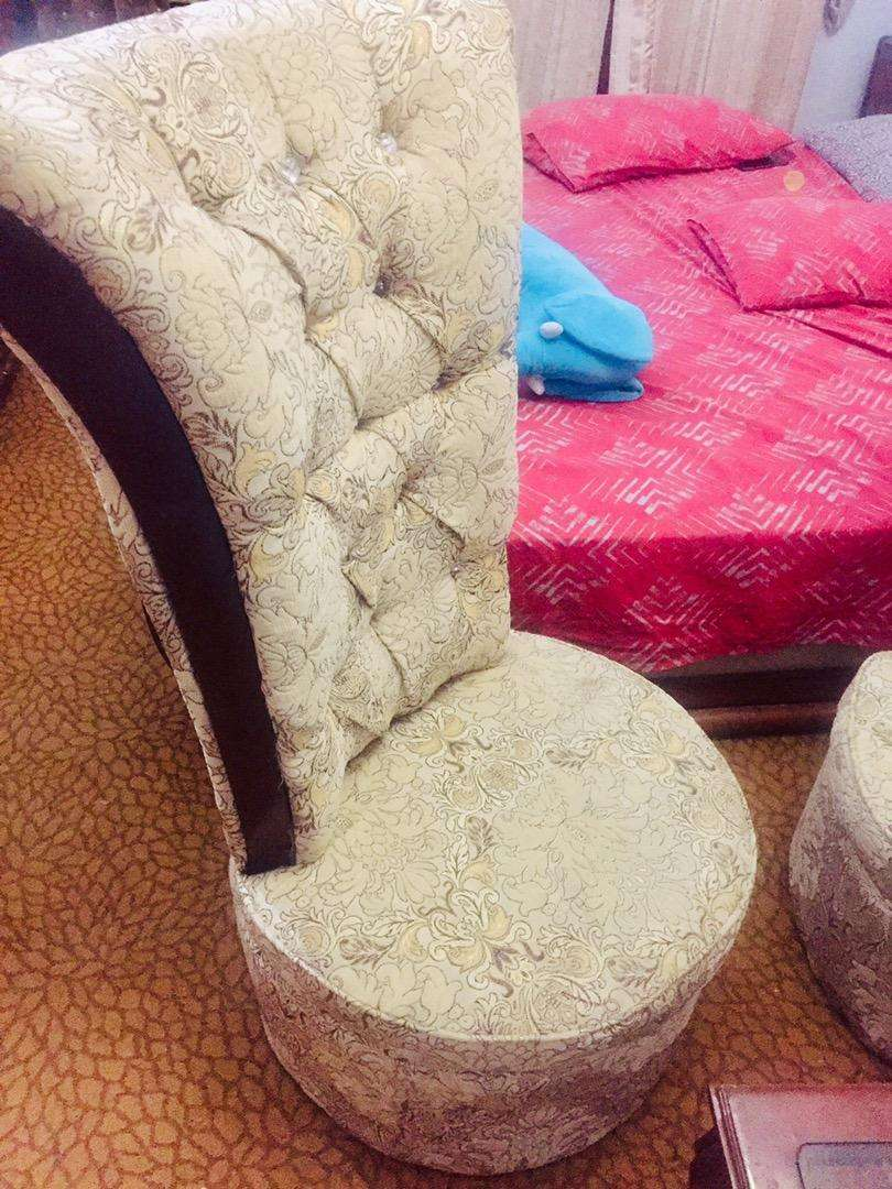Coffee chair set - table &2chair URGENT SALE 0
