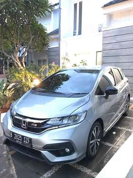 For sale honda jazz rs cvt GK5 2017 facelift silver