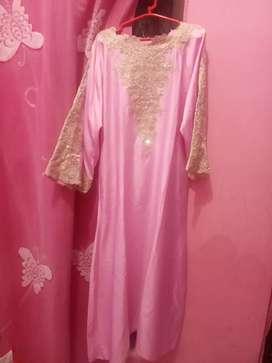 Kaftan warna pink