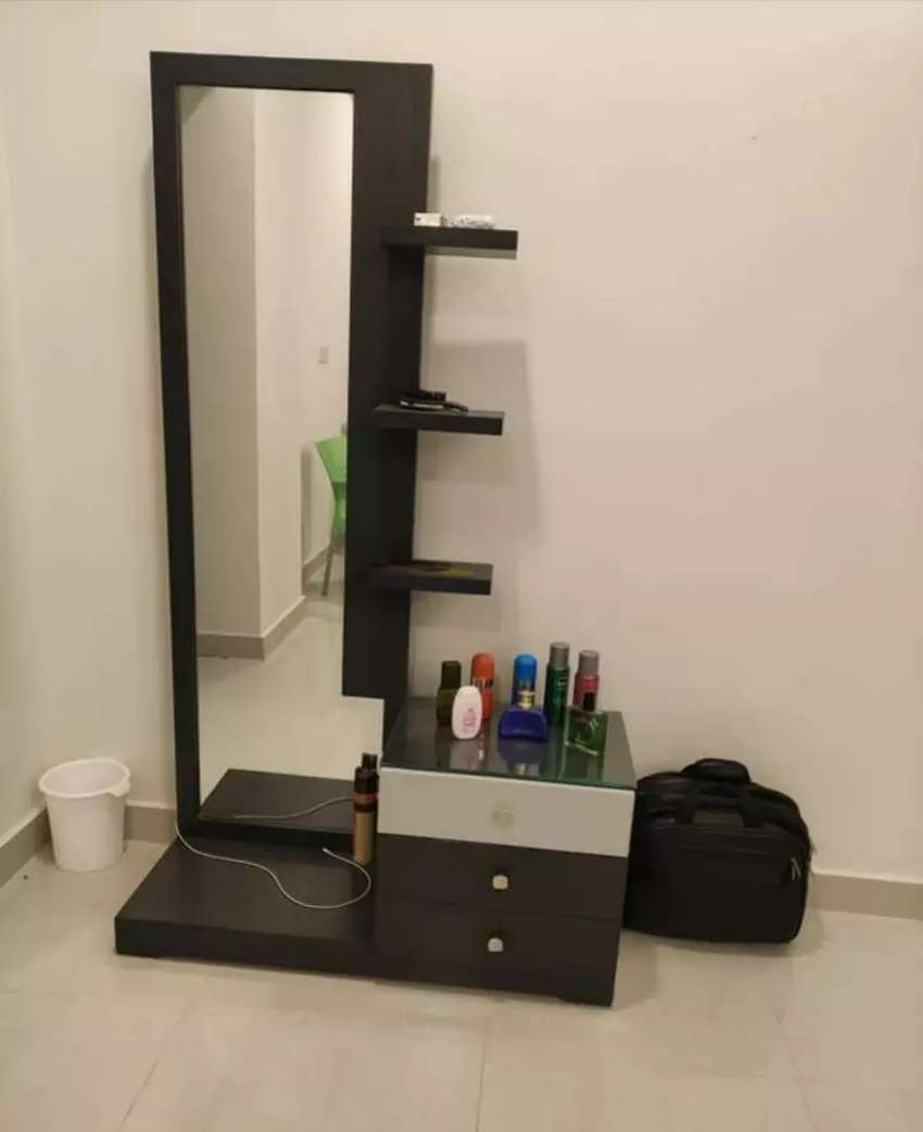 New modern style dressing table with drawers and shelves