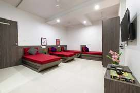 No brokage male pg fully furnished with ac  7000 bhoomi park Malad W