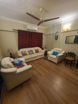 Fully renovated 5 bed dd flat with Pent house in Clifton chance deal