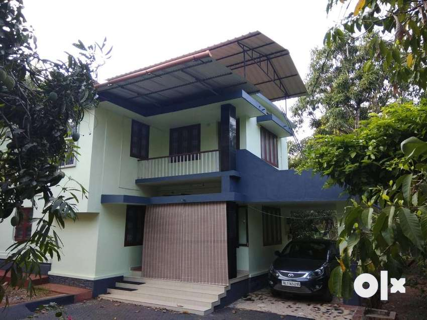 5bedroom house for sale: 60%loan available 0