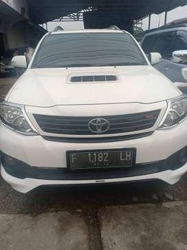 Toyota Fortuner G TRD 2014 solar