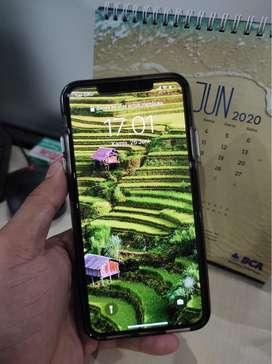 Dijual iPhone 11 Pro Max 256GB dual nano sim warna midnight green