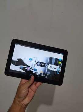Tablet Android Numi 3G Axio pake kartu 2 sim jaringan h+, Ram 1Gb