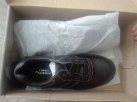 Hush puppies shoe size 8