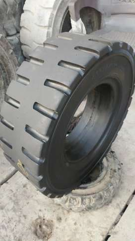 7.00.12 Japan used tyre 3 ton lifter tyres Available for sale
