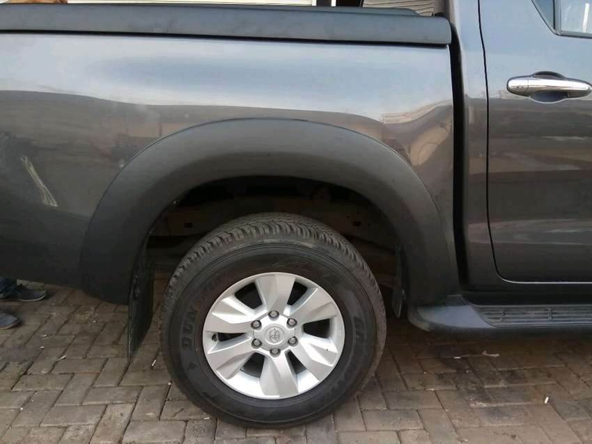 Over Fender Double Cabin All New Hilux Revo Model SLIM/Polos 0