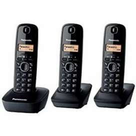 Panasonic kx-tg3611 cordless phone set