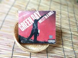 Greenday - Bullet in a bibble DVD and CD (3disc)