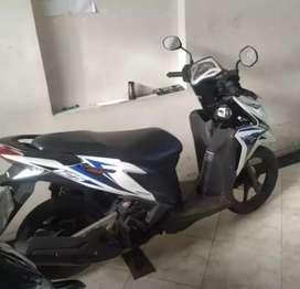 Bali dharma motor jual motor Honda Vario tekno 125 tahun 2012