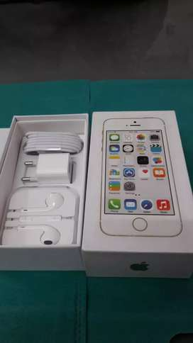 iPhone 5S 16gb with Bill box imported