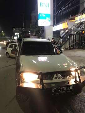 Mitsubisi Strada GLS 2012