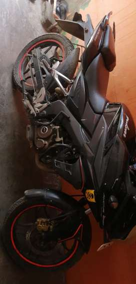 Pulsar AS150 qell maintained bike