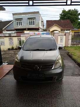 Nissan Grand Livina 2012 Ultimate