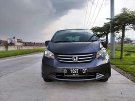 Dp 19jt.! Kredit murah Honda Freed SD matic 2012 new look.!!