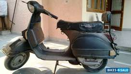 Sale of second hand scooter LML VESPA